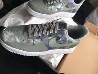 AIR FORCE ONE - SIZE 9 - UNWORN BOXED