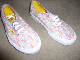 LADIES VANS SHOES