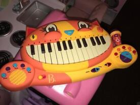 B toy piano