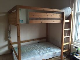 Free bunk bed to collect and dissamble