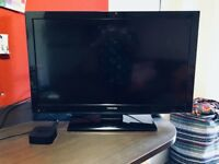 """A Great TOSHIBA 32"""" LCD TV + remote control"""