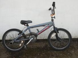 Kids Rooster stunt bmx bike (360 degree bars and stunt pegs) DELIVERY NORFOLK ONLY