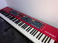 Nord Stage 2 HA88 with Flight Case.