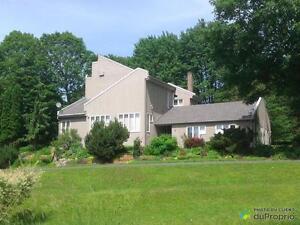 550 000$ - Maison 2 étages à vendre à Bromont