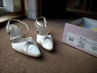 Rainbow Club Juliette Wedding Shoes Size 5
