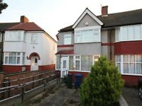 3 Bed Terraced House to rent - Greenford/UB6