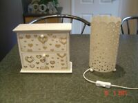 Cream Metal Table Lamp and a Small Trinket Box with Drawers. £5 for Both. Can Deliver.