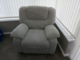 La-Z-Boy Lazyboy Motown Mission Grey 3 piece sofa recliner set