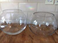 2x Glass fishbowls, sweet table,weddings drinking
