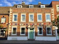 6 bedroom house in High Street, Royal Wootton Bassett