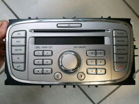 Ford 6000 cd radio unit + code