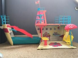 Barbie cruise ship in great condition -REDUCED