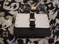 BLACK AND WHITE HANDBAG FROM NEW LOOK BRAND NEW WITH TAGS