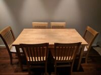 Dining Table with 6 chairs - really good condition