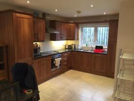 Large double room in professional luxury house - great location, near Coleraine!!