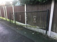 16ft Of Garden Railings & Gate / 4ft Tall / Metal Fencing Can Deliver call for info