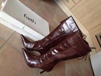 Gorgeous faith boots