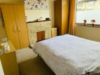 Lovely spacious bedroom in Templar's square