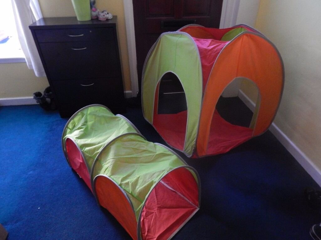 tent and tunel for children