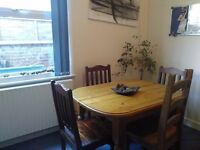 Room to rent in Friendly Houseshare