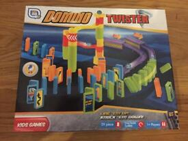 Domino twister game - New