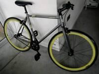 Muddyfox Fixie Bike Medium