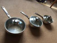 Set of 3 stainless steel pans