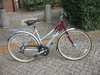 Good Quality Ladies Raleigh. Fully serviced and ready to ride