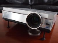 Panasonic PT-AE300 Home Cinema Projector Mint Condition & Boxed Very little Use
