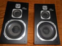 Toshiba SS D2 Hi-Fi Speakers For Sale!!!