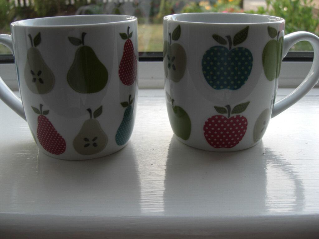 Pair pretty china mugs - greens and reds, apples and pears.
