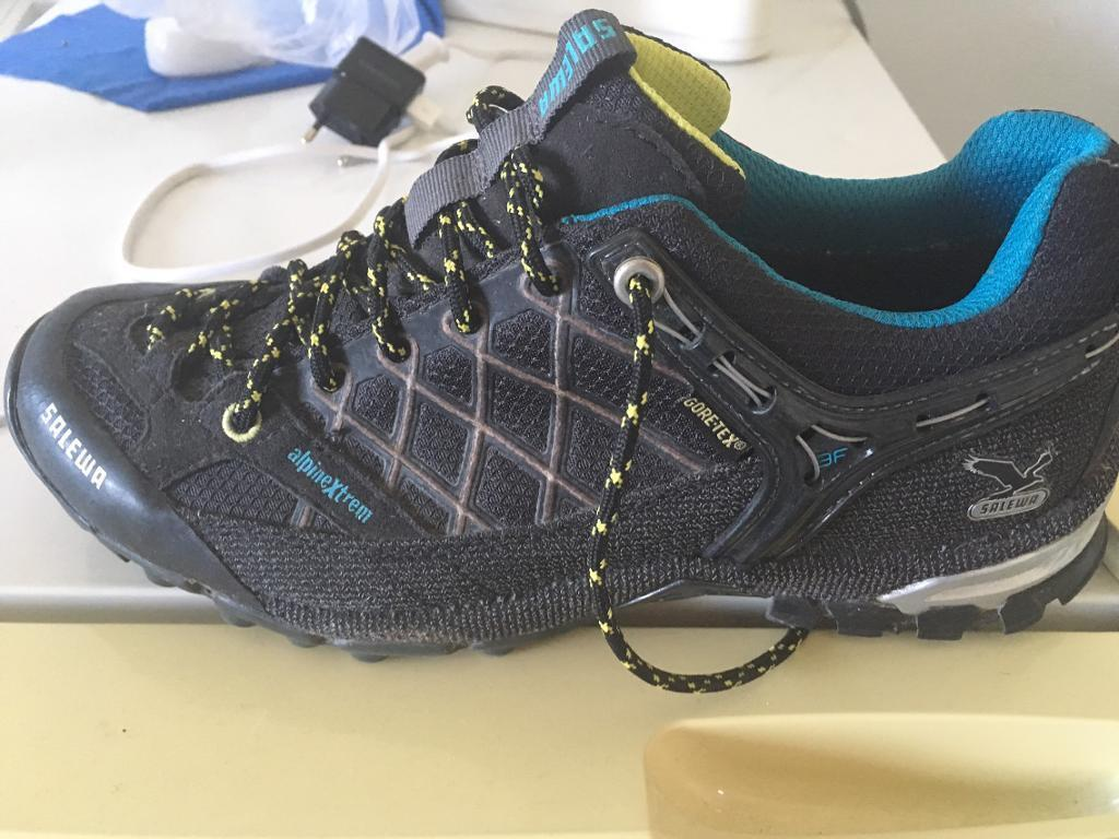 Alpin shoesin Seven Sisters, LondonGumtree - Very good condition salewa alpin shoes , vibram sole .Any questions please ask