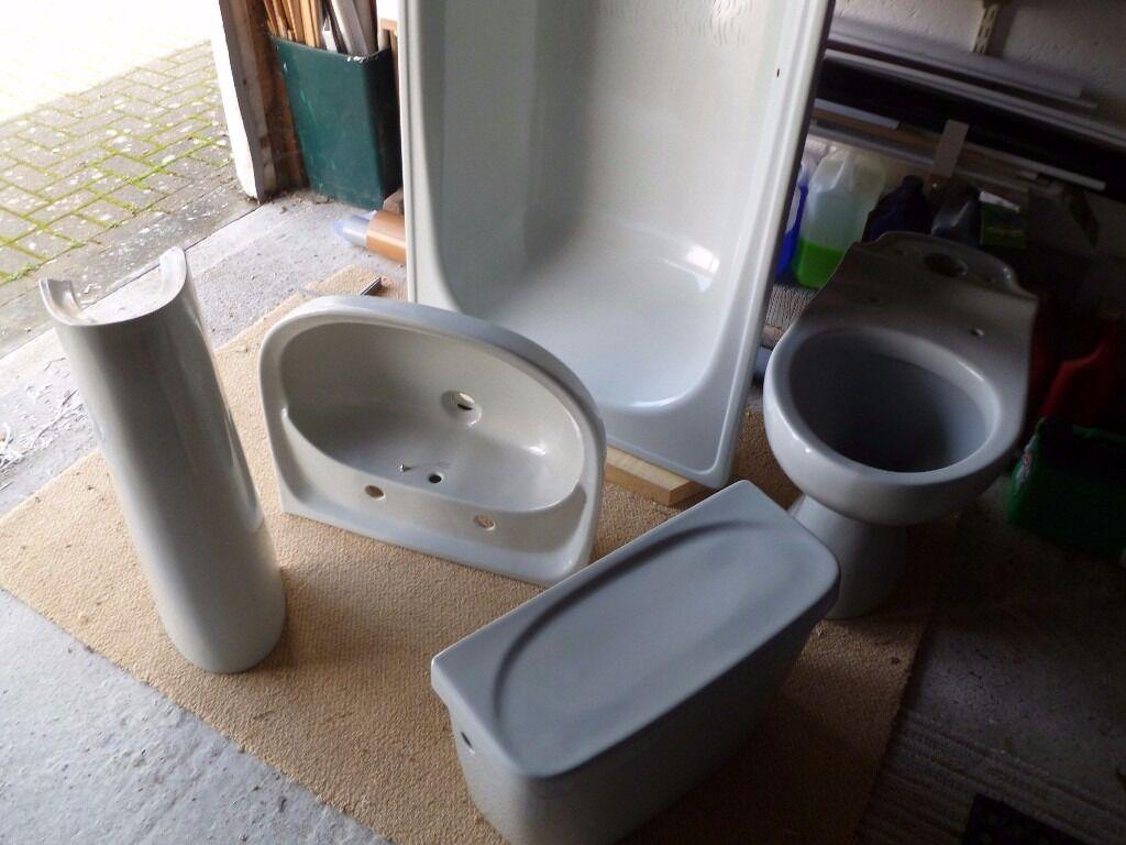 Armitage shanks bathroom sinks - Armitage Shanks Bathroom Suite Retro Oyster Excellent Condition