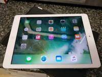 Apple iPad air 16GB white good condition with case £180