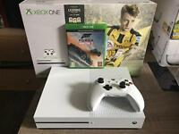 XBOX ONE 500GB S MINT CONDITION