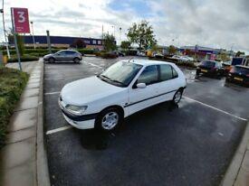 Peugeot 306 excellent condition with 8 months MOT £600!!!