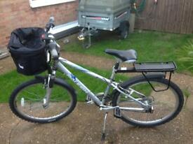 Raleigh voyager mountain bike