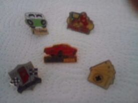Collectable pins/badges