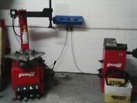Semi automatic tyre changer and digital hand spin wheel balancer