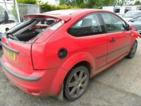 ford focus 1.4 2007 parts from a 2007 1.4 sport focus 3 door red