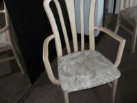 6 Dinning chairs ( 2 carvers ) cheap