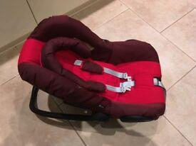 maxi cosi pebble new born car seat