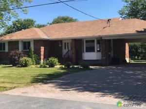 $279,900 - Bungalow for sale in Cornwall