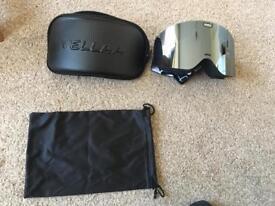 Brand new Vellaa UV400 ski goggles with detachable glass and anti-fog