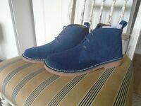 NEW SUEDE BOOTS SIZE 7, Blue.