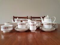 Paragon 'Belinda' Teaset mostly in good condition