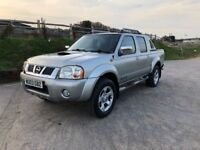 Nissan navara diesel 4WD pickup truck for sale,low mileage,full service history, MOT,drives perfect.