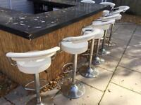 Bar with 8 chairs - granite surface -