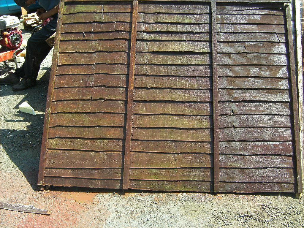 reclaimed fence panels