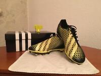 Adidas Predator Incurza SG - Black & Yellow (UK8)